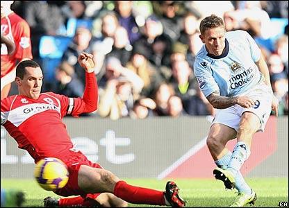 Craig Bellamy scores for Manchester City