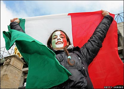 An Italian fan outside Twickenham