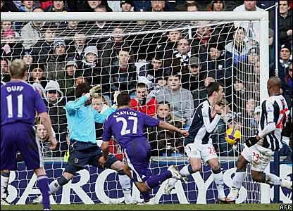 Steven Taylor scores for Newcastle United