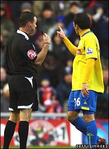 Matthew Etherington, Stoke City, is sent off