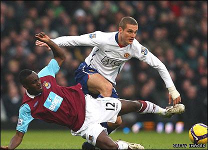 Carlton Cole, West Ham United; Nemanja Vidic, Manchester United