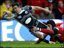 Max Evans scores Scotland's solitary try