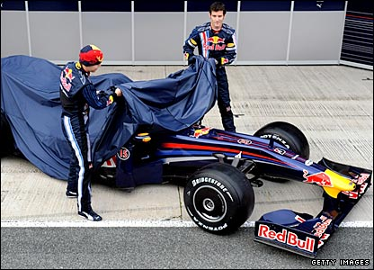 Sebastian Vettel and Mark Webber unveil Red Bull's 2009 car