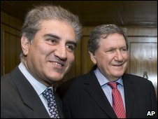 Shah Mehmood Qureshi and Richard Holbrooke