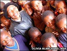 Teacher Mapaseka Mphaololi (Photo: Olivia Blanchard, MSF)