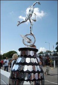 Senior TT Trophy