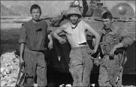 Soviet soldiers in Afghanistan (image: Ilya Abishev)