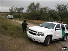 US Border Patrol agents look for illegal immigrants  the Santa Maria area beside the Rio Grande river in Halinger, Texas