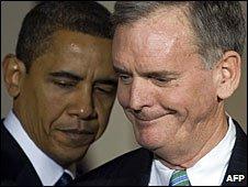 Barack Obama and Judd Gregg in Washington DC, 3 February 2009