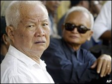Khieu Samphan, left, and Nuon Chea, right (image taken in 2003)