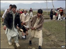 Swat people escape a Taleban attack