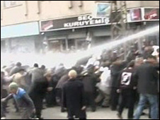 Police fire water cannon on crowd in Batman, Turkey, 14 Feburary 2009