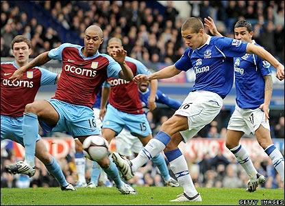 Jack Rodwell smashes Everton ahead