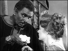 Laurence Olivier and Maggie Smith as Othello and Desdemona
