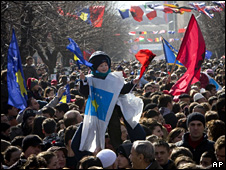 Independence day celebrations in Pristina (17 February 2009)