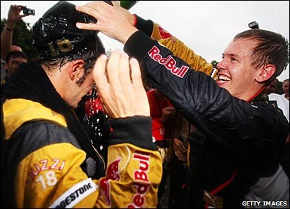 Vitantonio Liuzzi and Scott Speed celebrate after the 2007 Chinese Grand Prix