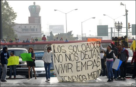 Protesters in Monterrey, Mexico, 17 February 2009
