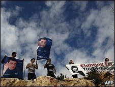 Protesters call for Gilad Shalit's release in Jerusalem