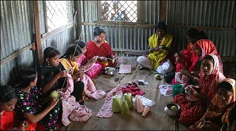 Ratankandi women at work