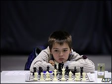 An opponent of Bulgarian chess grandmaster Kiril Georgiev in Sofia, 21 February 2009