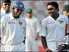 Thilan Samaraweera (left) and Mahela Jayawardene