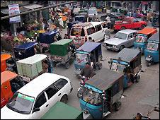 Market in Mingora, in Pakistan's Swat valley - 22/2/2009