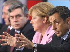 """Uni Eropa """"Kebingungan"""" Hadapi Krisis Global"""