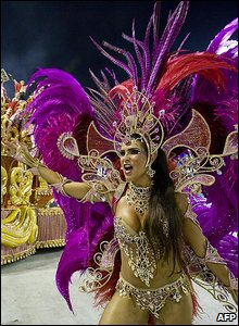 An Academicos do Grande Rio samba school dancer