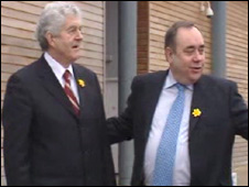 Welsh and Scottish first ministers Rhodri Morgan and Alex Salmond