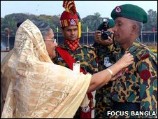 Sheikh Hasina at the barracks on 24 February 2009