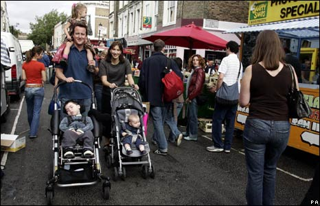 Ivan Cameron (in pushchair on left) and family