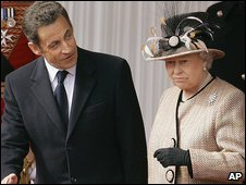Nicolas Sarkozy and Queen Elizabeth II (26.3.08)