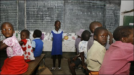 Zimbabwean children in a classroom near Harare, Jan 2009