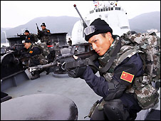 Chinese navy special forces practice anti-piracy drills on board the destroyer Haikou - file photo Dec 2008