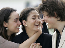 Ingrid Betancourt (centre) with daughter Melanie and son Lorenzo after her rescue - 3/7/2008
