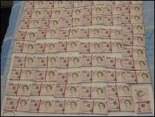 Fake £20 banknotes