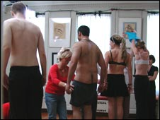 The volunteers get undressed
