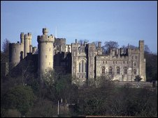 Arundel Castle (pic from www.freefoto.com)