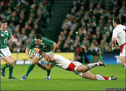 Joe Worsley brings down Ireland's Paddy Wallace