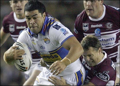 Kylie Leuluai tries to break through