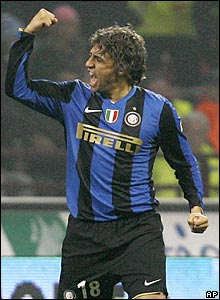 But Hernan Crespo grabs an all-important equaliser for the leaders just seconds after coming on as substitute