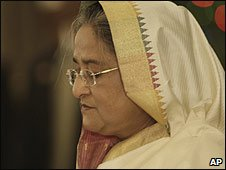 Sheikh Hasina is sworn in as Bangladeshi president in Dhaka (06/01/2009)