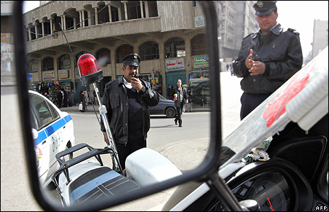 Traffic police in central Baghdad - February 2009