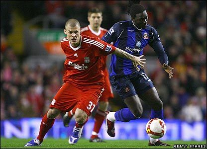 Jones beats Liverpool's Martin Skrtel