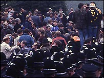 miners and police at the plant