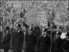 Policemen divide two factions involved in a Right To Work Rally by miners at the Nottinghamshire NUM headquarters