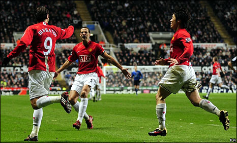 Berbatov grabbed the winner that keeps Man Utd well clear in the table