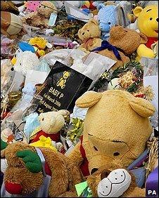 Baby P memorials