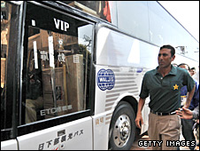 Pakistan captain Younus Khan inspects the Sri Lankan bus