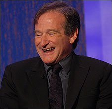 Robin Williams appears on BBC's Parkinson chat show (03/10/2002)